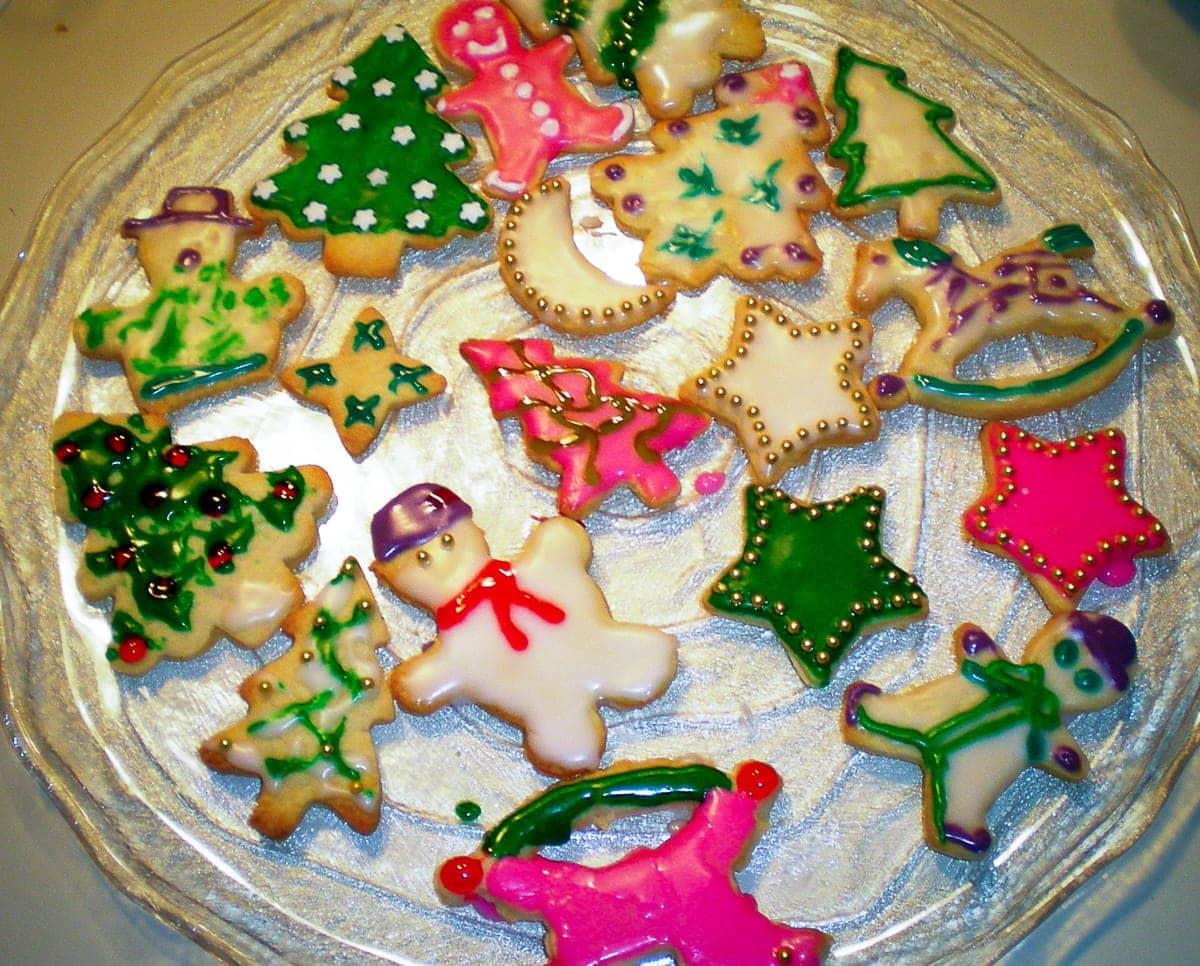 plate of christmas cookies 2