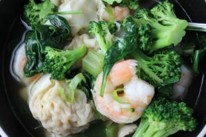 Asian Vegetable Wonton Soup