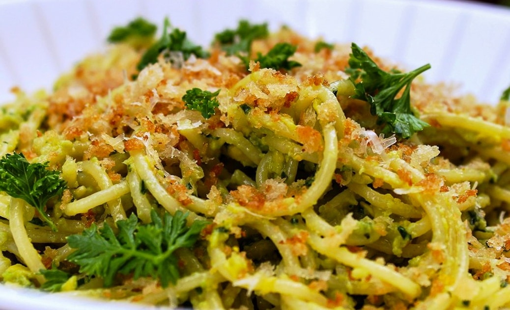 Pasta with Avocado Pesto in bowl2