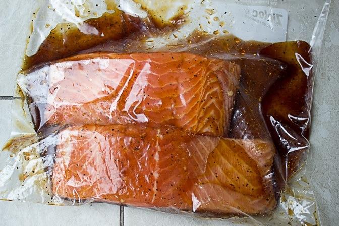 salmon marinating in ziploc