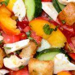 Peach panzanella salad in bowl p3