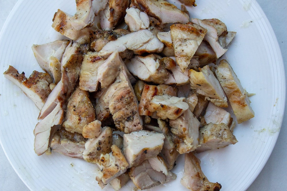 grilled chicken cut into pieces