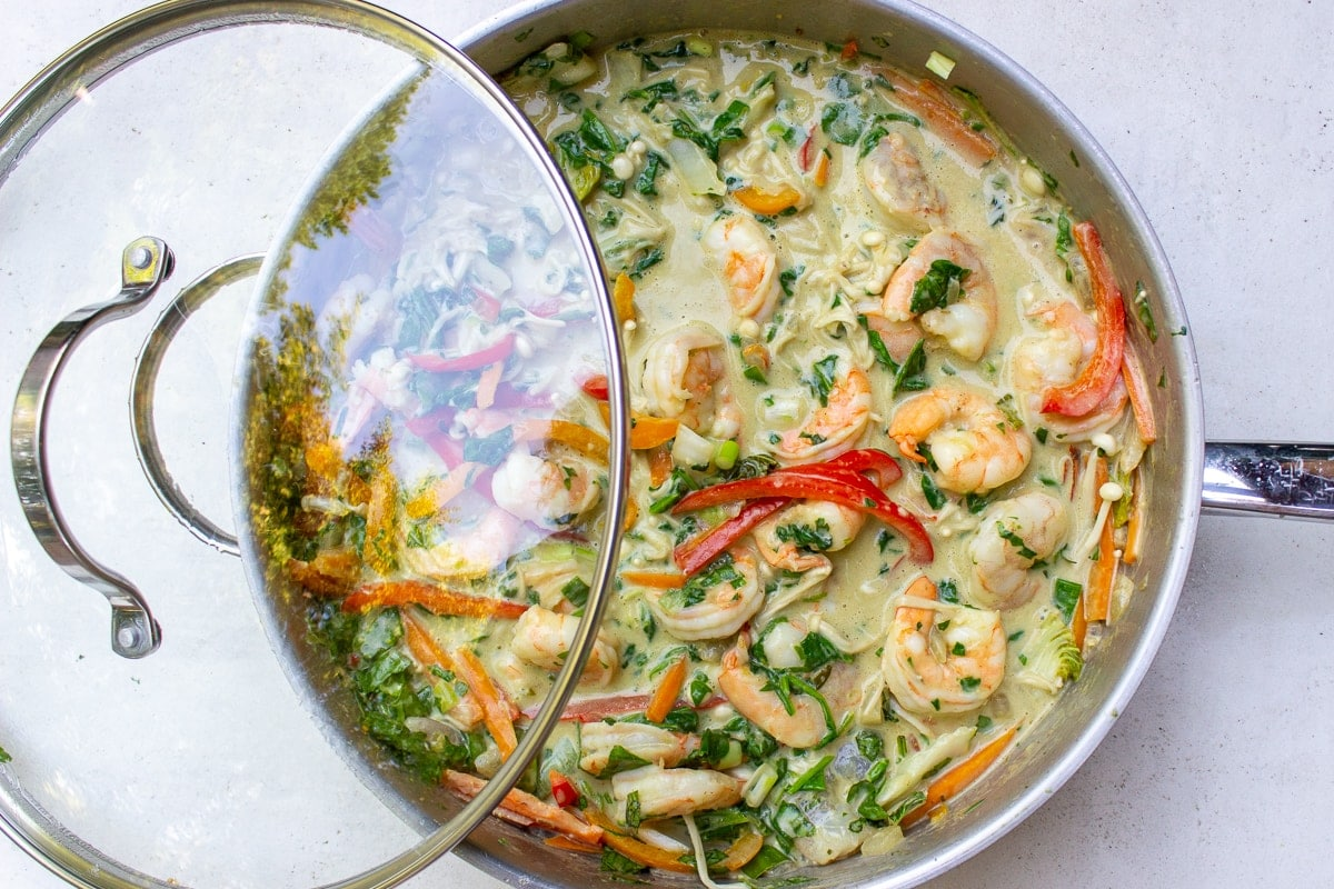 finished thai shrimp curry in pan