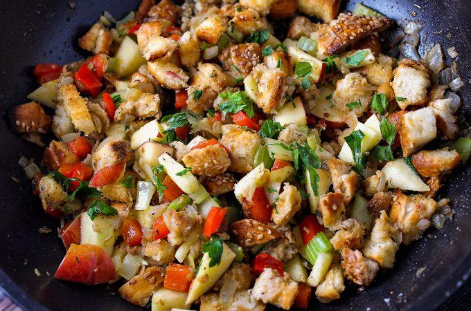 vegetarian stovetop stuffing in pan