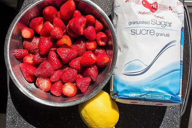 Homemade Strawberry Jam (no pectin) ingredients