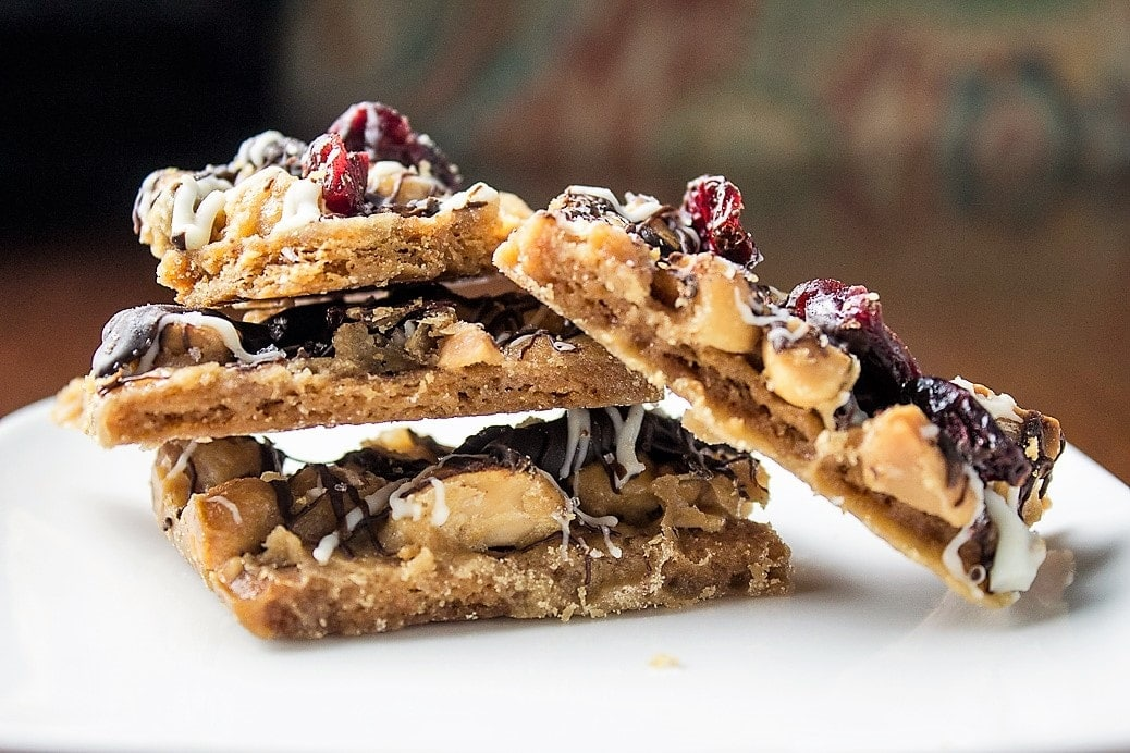 Nutty Toffee Graham Crave Bars