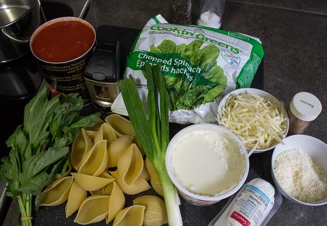 Stuffed Cheese Spinach Pasta Shells Ingredients