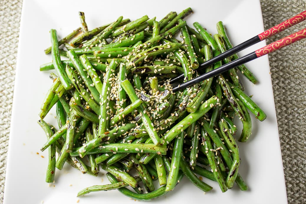stir fry chinese green beans on plate with sesame seeds 2
