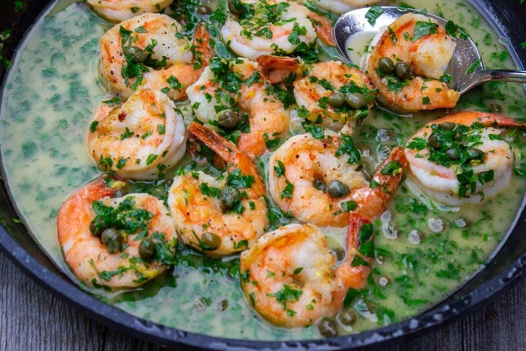shrimp piccata in pan