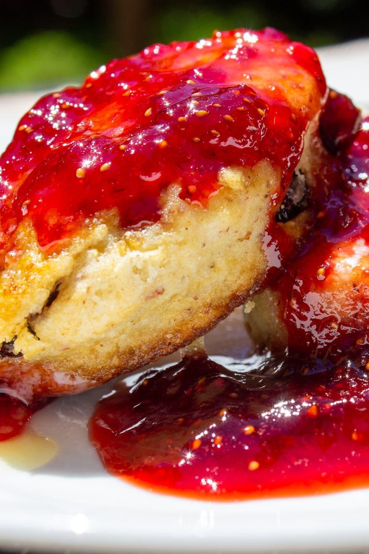 strawberry jam on scones p