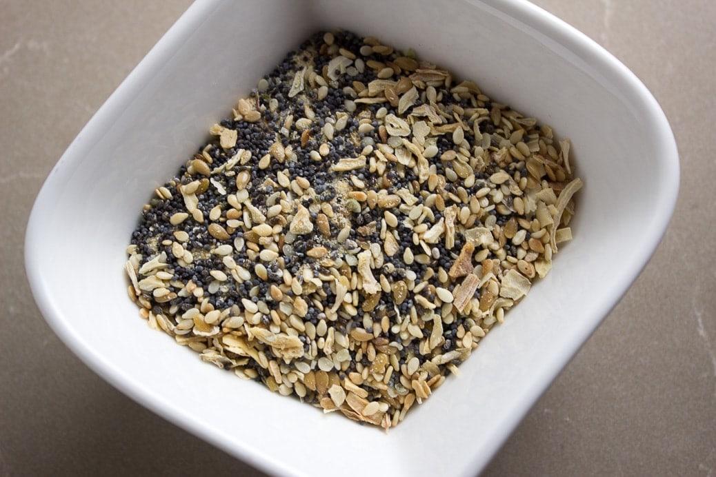 5 MInute Bagel Seed Dukkah Appetizer