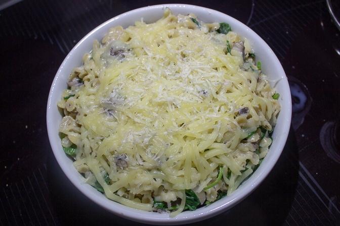 Cheesy Mushroom Spinach Pasta Bake
