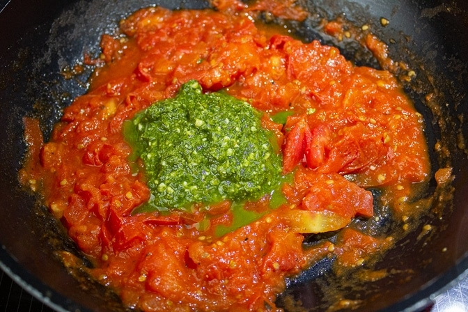Chopped tomatoes with Pesto for Eggplant Parmesan