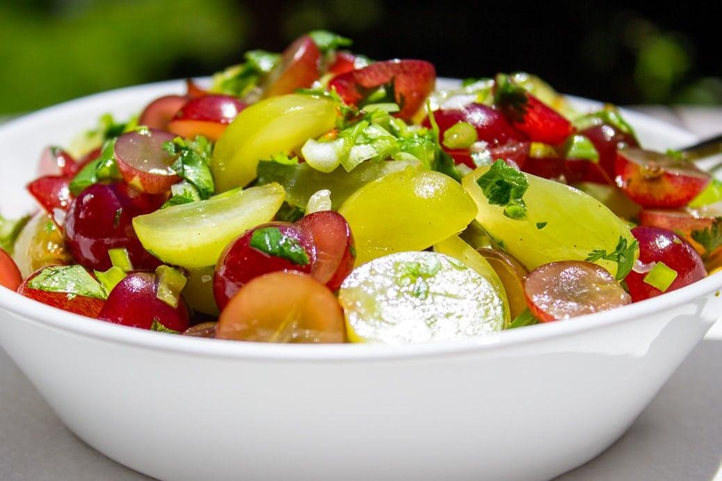 grape salsa in bowl 1