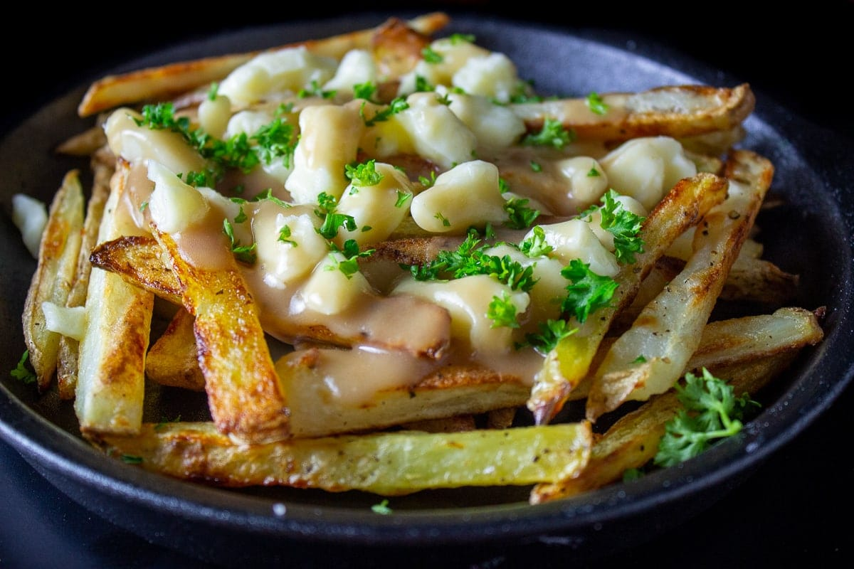 poutine on plate 1
