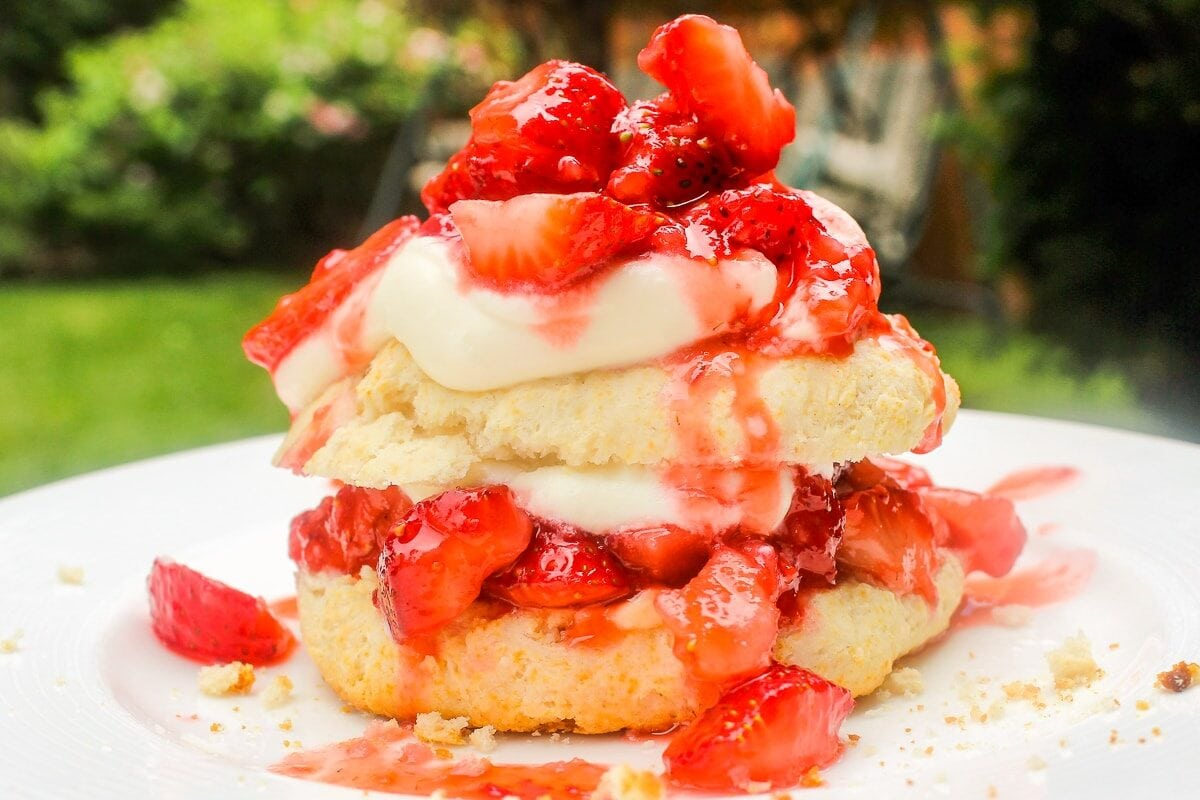 assembled biscuit strawberry shortcake on plate2