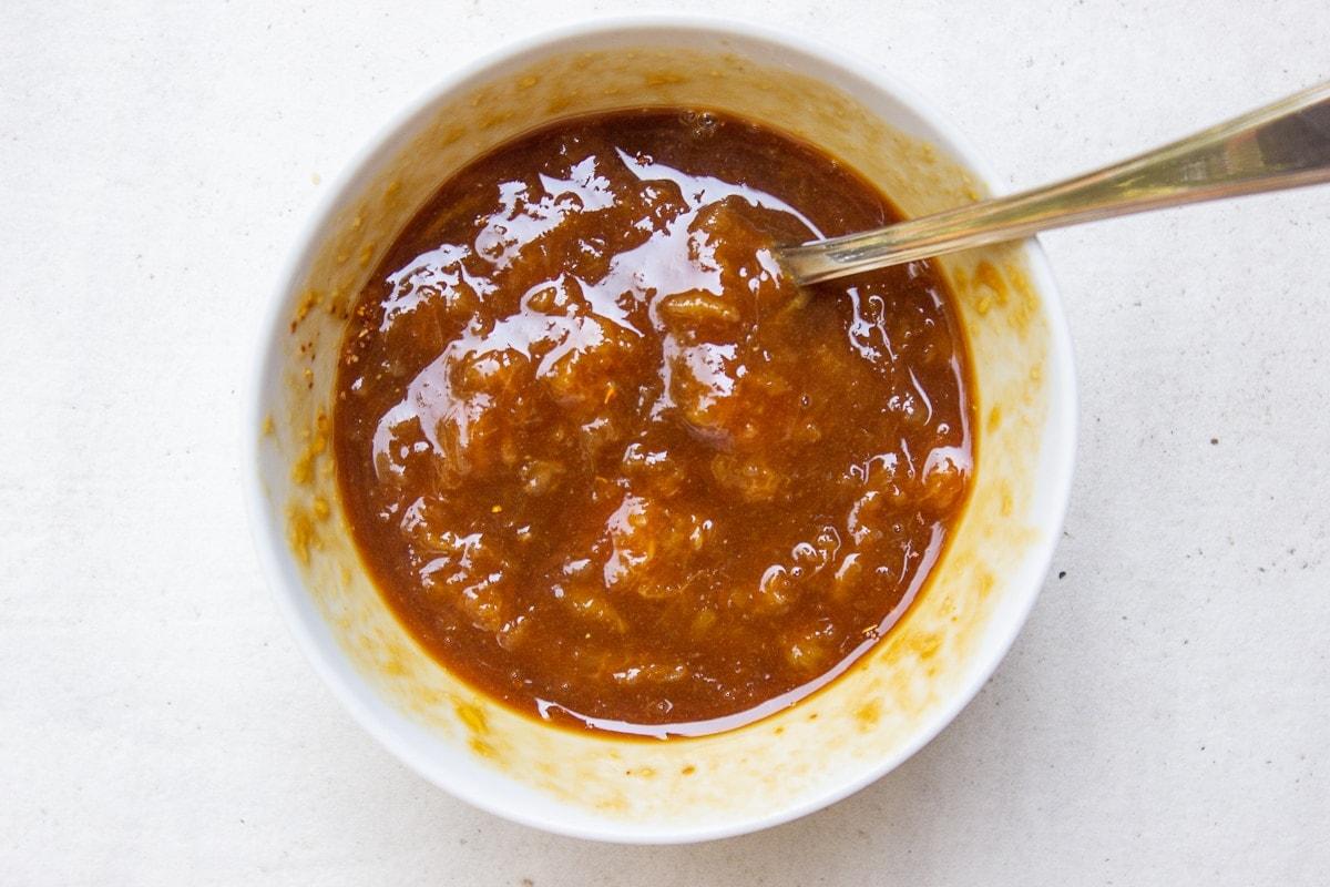 glaze in small bowl