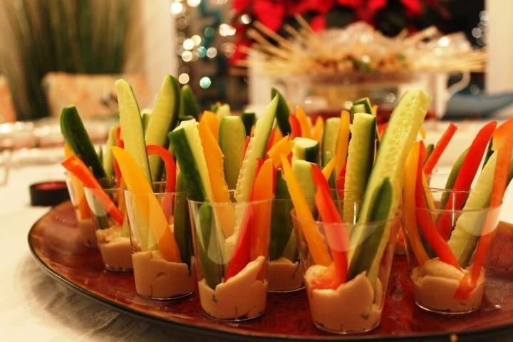 Fresh veggies with humus in mini