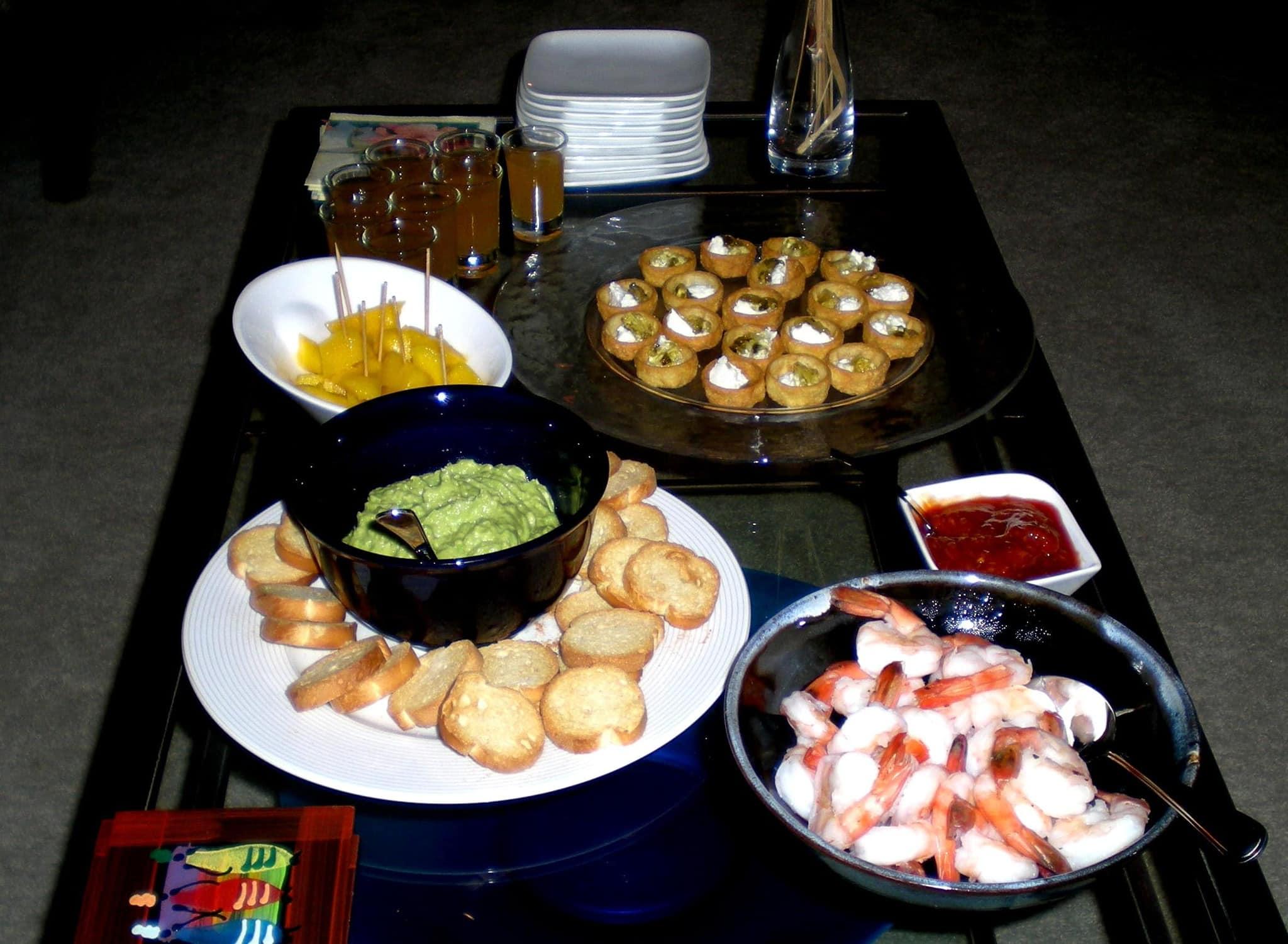 apple cider shots, fresh mango, guacamole, shrimp cocktail, mini
